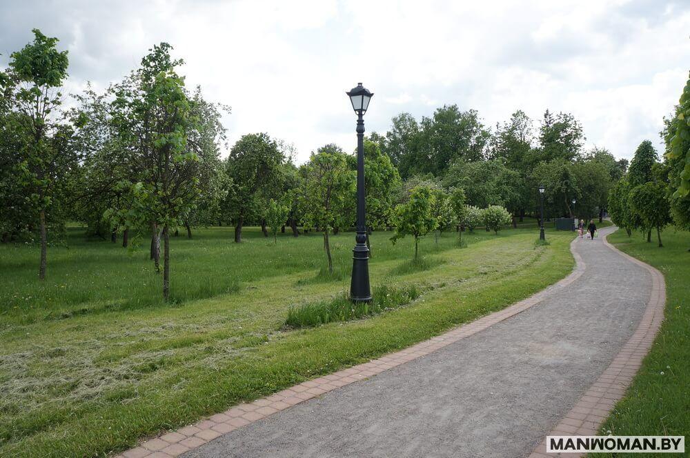 progulka-po-vesennemu-loshickomu-parku_21