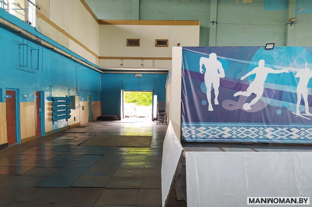 knizhnaya-yarmarka-v-sportkomplekse-dinamo_4