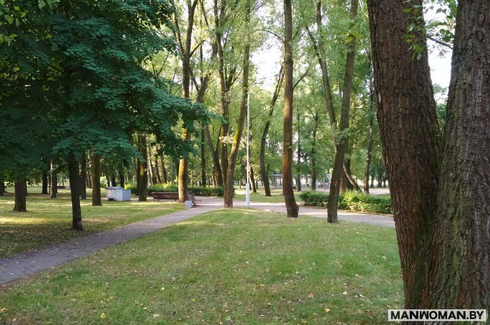 plyazh-na-komsomolskom-ozere-sovetskoe-nasledie-minska_3